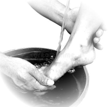 Jesus-washes-disciples-feet